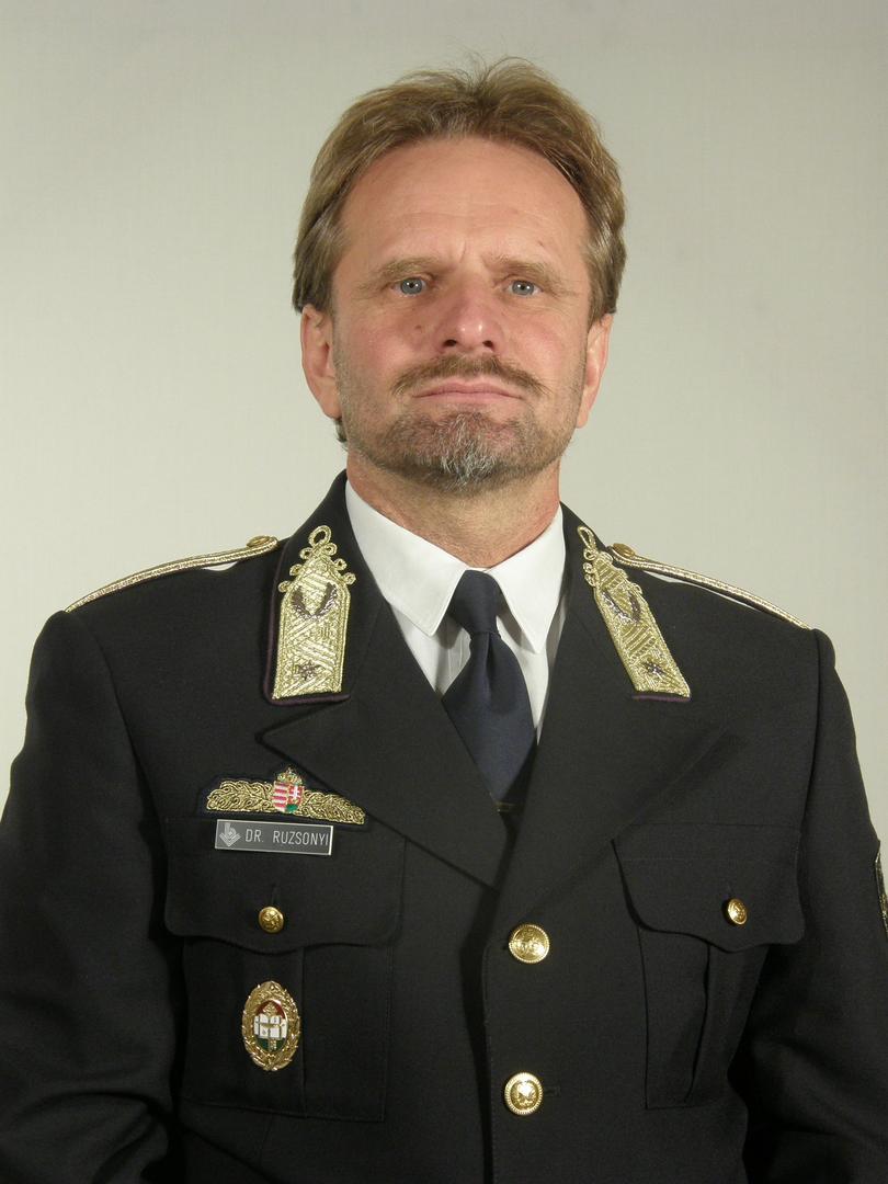Péter Ruzsonyi